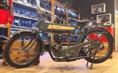 ARMOR 175 z 1922r, już sprawny i jeżdżący :). Przez następny tydzień można go oglądać w naszym sklepie.