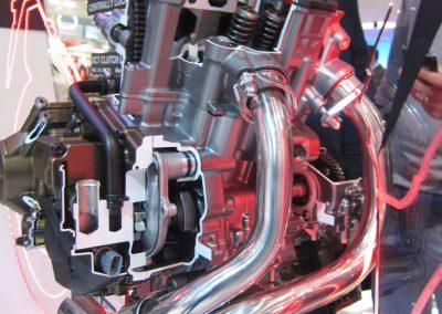 Honda CRF 1000 silnik (1)
