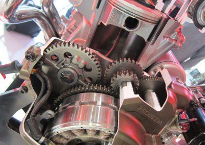 Honda CRF 1000 silnik (10)