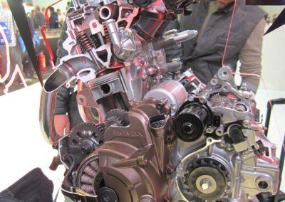 Honda CRF 1000 silnik (7)