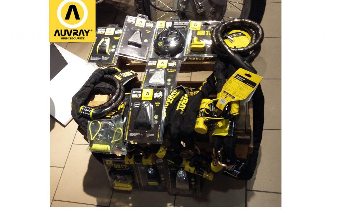 AUVRAY SECURITY LOCKS to specjalistyczne systemy zabezpieczeń antykradzieżowych, projektowane z myślą o użytku w motocyklach i rowerach. Nowa marka dostępna w naszym sklepie!